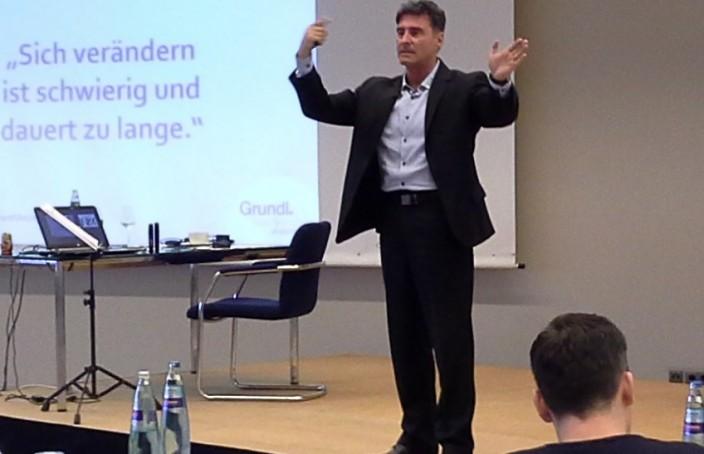 """Offenes Führungskräfteseminar """"Steh auf!"""", Dezember 2015"""