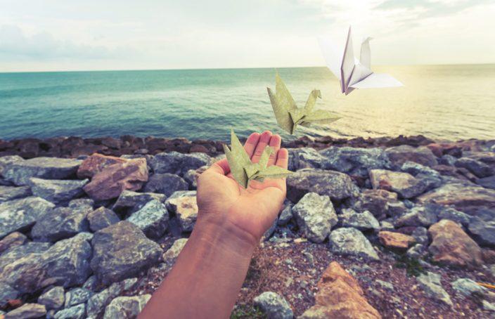 3 Übungen, um Dinge loszulassen